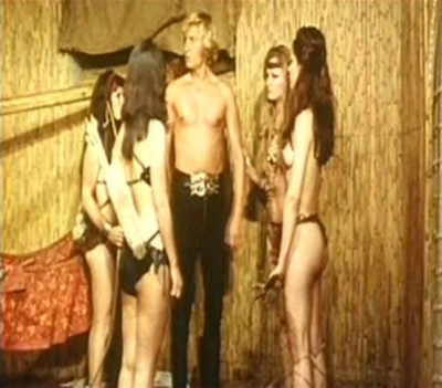 Karzan contro le donne dal seno nudo