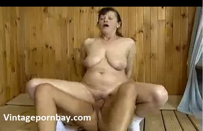 StepMilf Does Best For StepGuy!