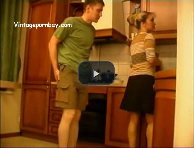 Hot Amateur Milfmy in her kitchen!