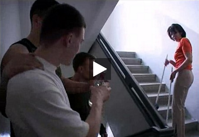 Male and his friends are ready to fuck Lonely Milf! [Vintage Amateur]