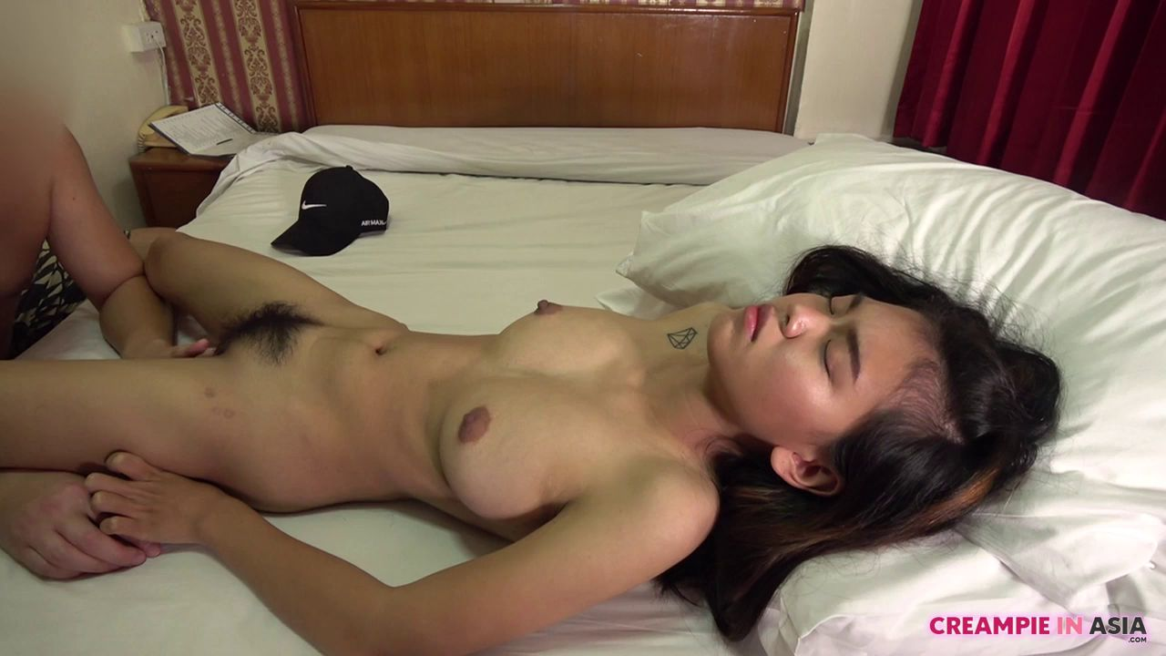 Creampying into his Asian College-Girl [720p]