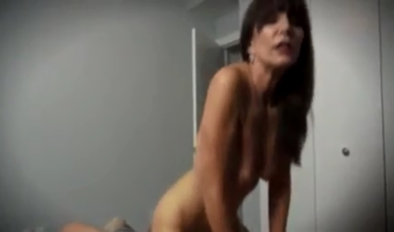 Mature Woman on his dick