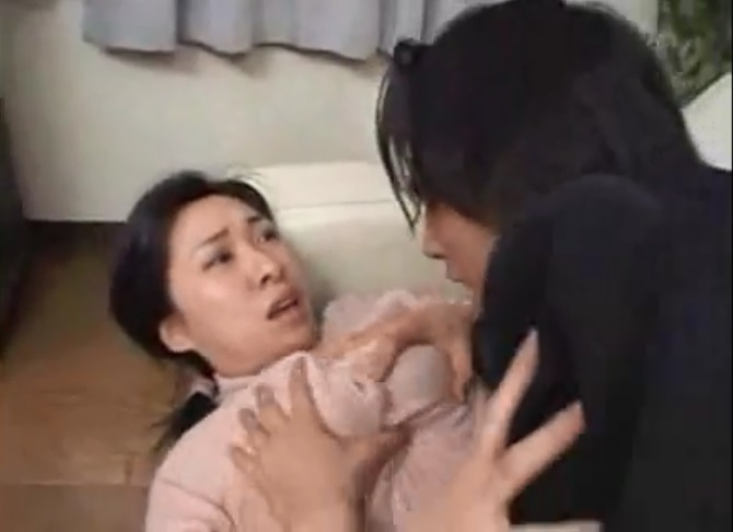 Man wants fuck of his Japanese milf