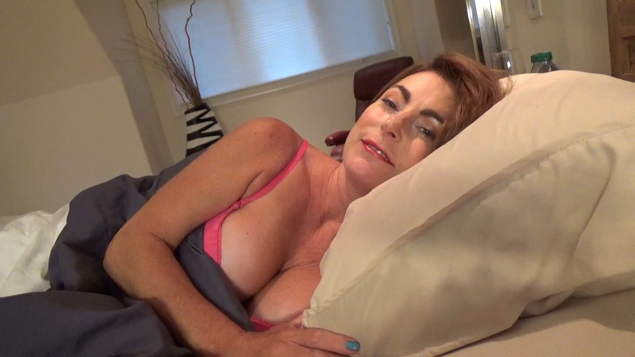 My Older Woman's Room Secret [720p] [HD]