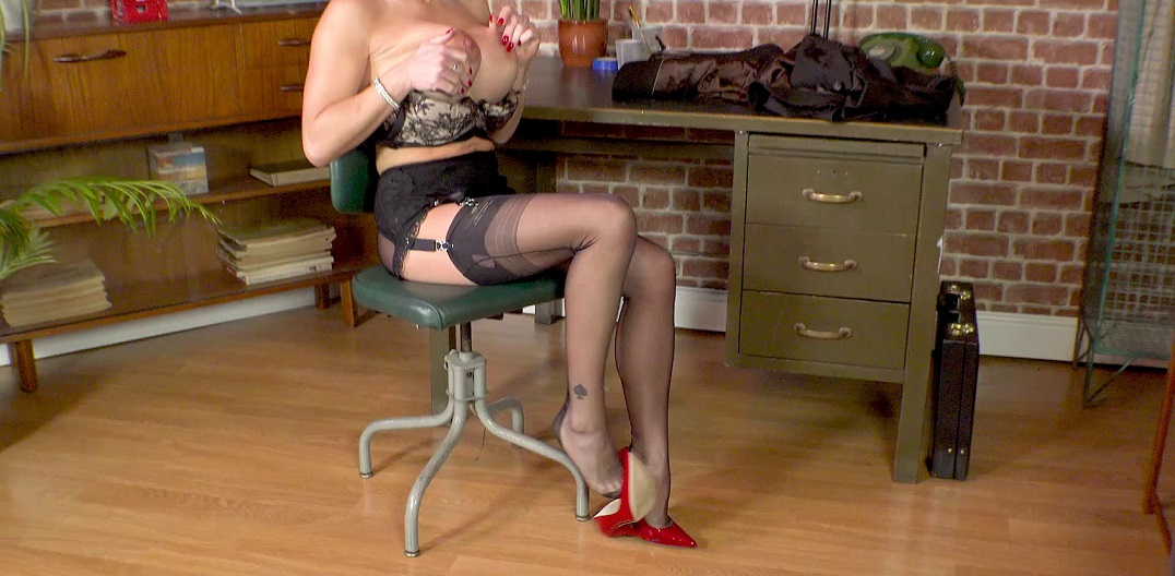 Hot Black Thin Vintage Stockings on Office Milf [1080p]